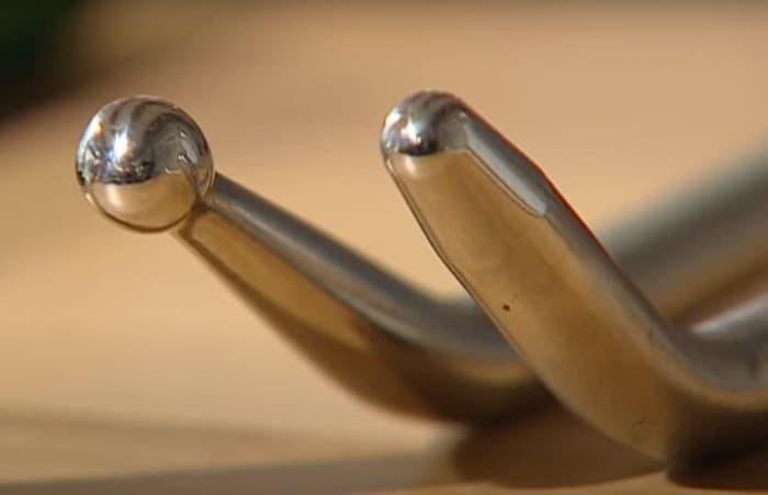 close up of dent bar tips